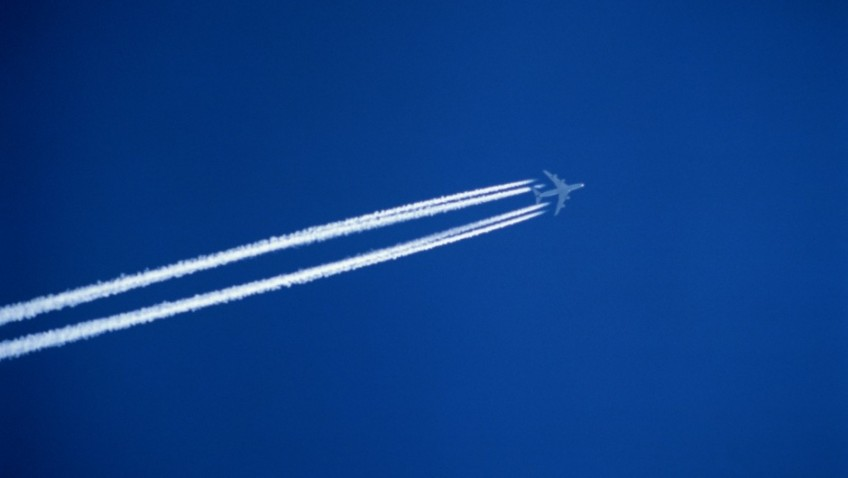 Greenhouse gas emissions from air traffic even worse than expected – new EU report